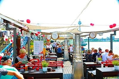 デュッセルドルフ 日本デー 船上レストラン