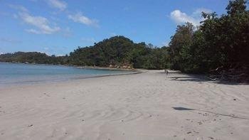 パヤム島 ビーチ