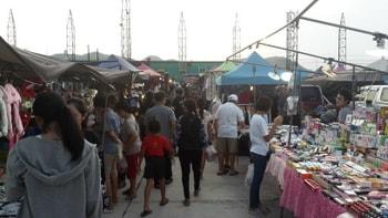 タイ ホアヒン パエマイマーケット