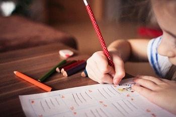 ハーフの子供の言語教育は親の努力が必要