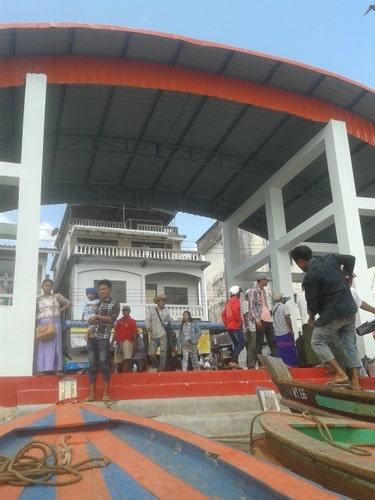 タイ ラノーンからミャンマーへビザラン ミャンマーの港