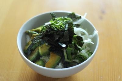 アボカド丼 レシピ