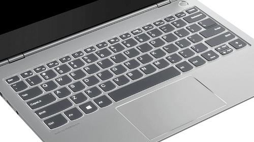 Lenovo thinkbook 13sのキーボード