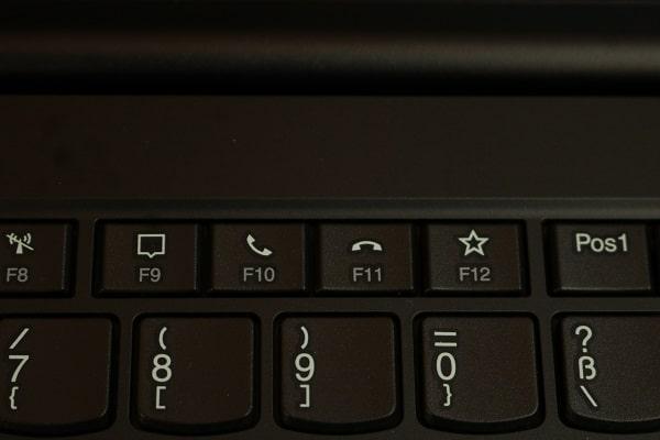 Lenovo thinkpad E15 gen 2のキーボード・テレワーク用のビデオ電話受信・終了ボタン