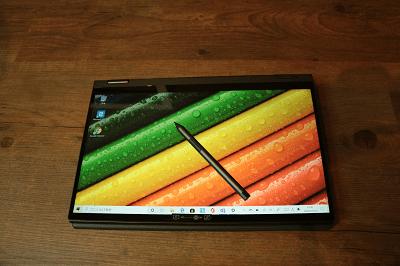 Lenovo Ideapad flex 550i(15)付属のデジタルペン