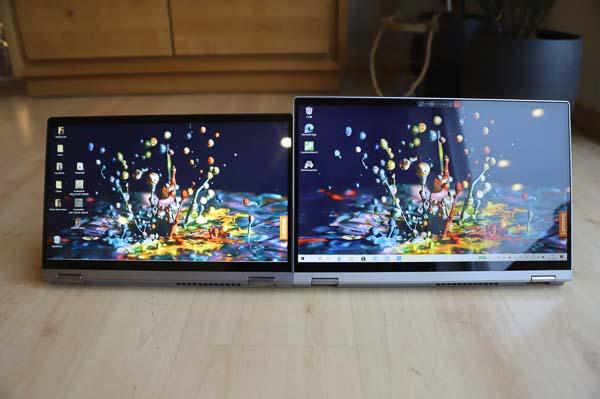 Lenovo Ideapad Flex 550i 14型と15型の比較・スタンドモード