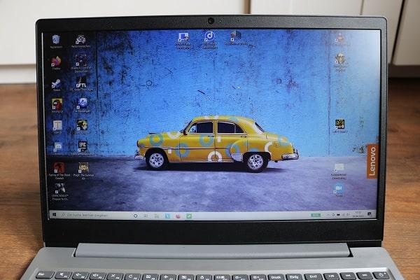 Lenovo Ideapad S145 15のディスプレイ