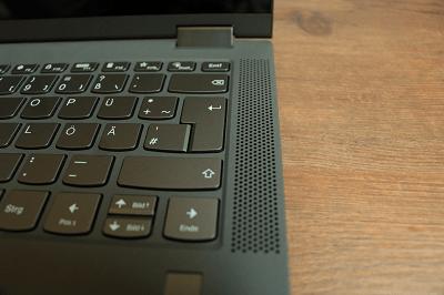 Lenovo Ideapad flex 550のスピーカー