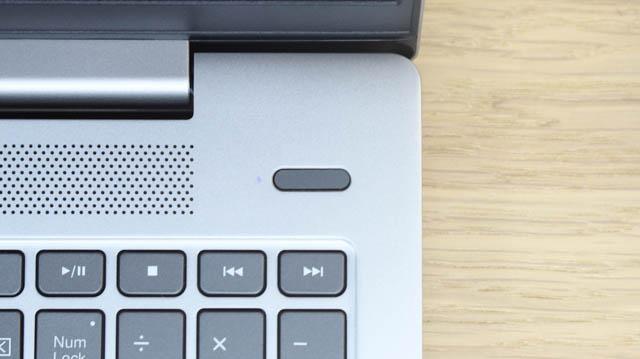 Lenovo IdeaPad Slim 550i 15の指紋センサー