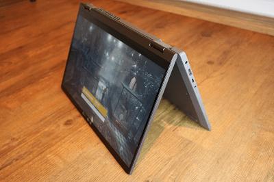 Lenovo Ideapad flex 550・テントモード