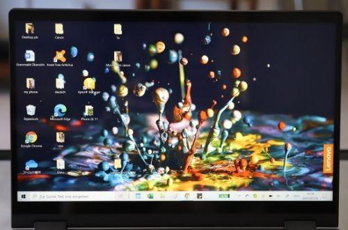 Lenovo ideapad flex 550iのディスプレイ