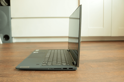 Lenovo Ideapad flex 550のサイズ・横から