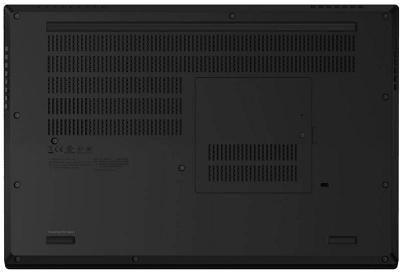 Lenovo thinkpad P15の外観・底面