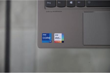 Lenovo ThinkBook 13s Gen 2の外観 キーボード面