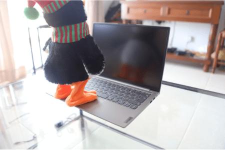 Lenovo ThinkBook 13s Gen 2の液晶 非光沢