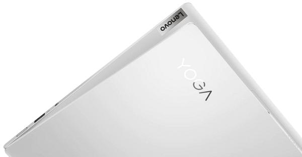 Lenovo Yoga Slim 750i Pro 天板のロゴ