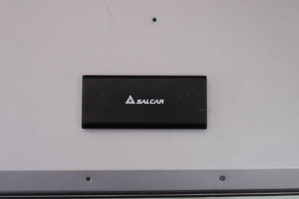 SSDのケース (1)