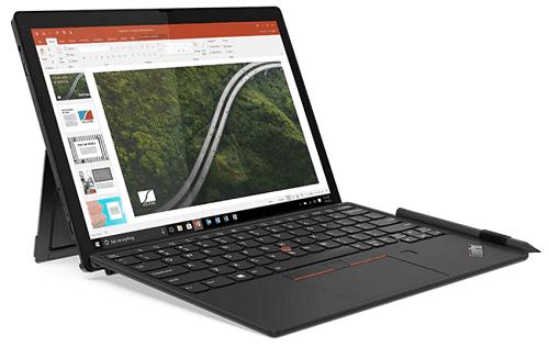 Lenovo ThinkPad X12 Detachableの外観 左斜め前から