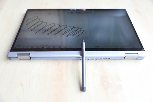 Lenovo IdeaPad Flex 550 15.6型(AMD Ryzen 5000シリーズ)  付属のアクティブペン