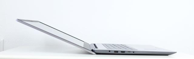 Lenovo IdeaPad slim 360i 17 ディスプレイ開閉最大角度