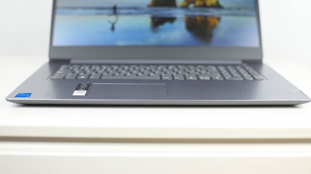 Lenovo IdeaPad slim 360i 17 キーボード