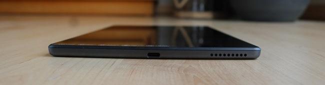Lenovo tab M10 FHD Plus Gen 2の下部インターフェイス