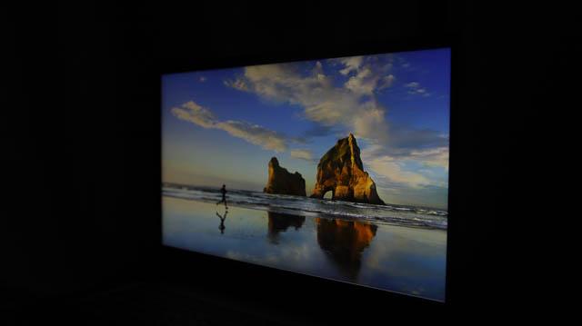 Lenovo IdeaPad slim 360i 17 視野角チェック 斜め前