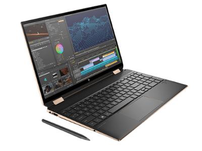 HP Spectre x360 15の外観 付属のアクティブペン付き