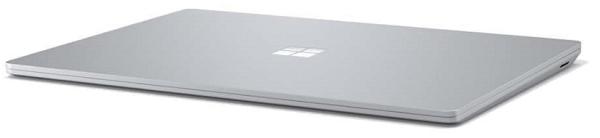Surface Laptop 3の外観 閉じた状態