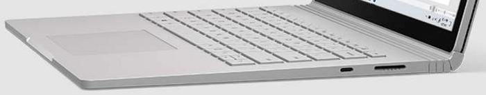Surface Book 3のキーボードヒンジ部分