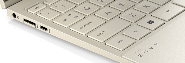 HP Envy x360(インテル)の左側面