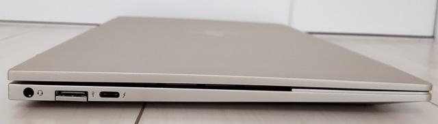 HP Envy 13-ba1000の左側面インターフェース
