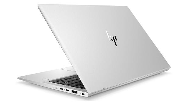 HP EliteBook 840 Aero G8の外観 背面