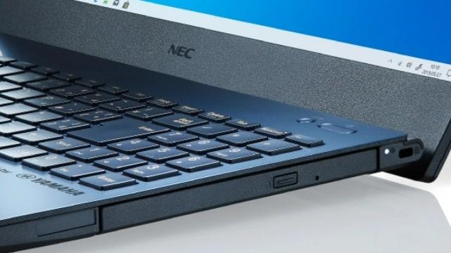 NEC Lavie Direct N15(R)のリフトアップヒンジ