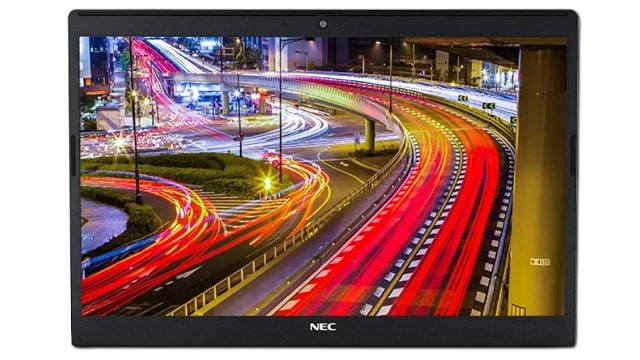 NEC Lavie Direct NS(R)のディスプレイ