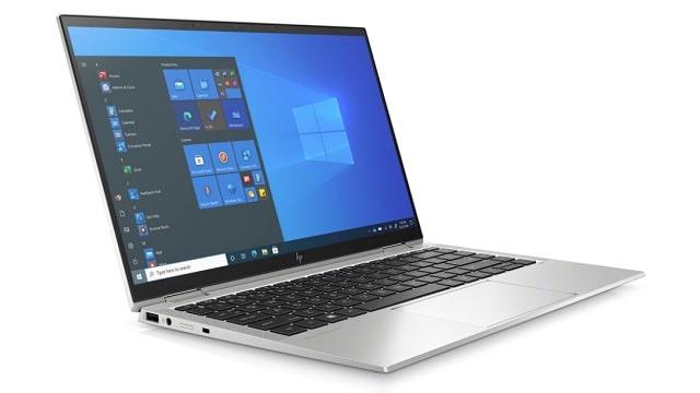HP EliteBook x360 1040 G8 左斜め前から