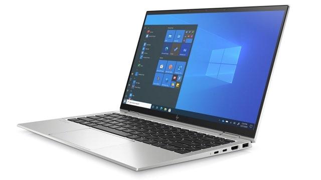 HP EliteBook x360 1040 G8 右斜め前から