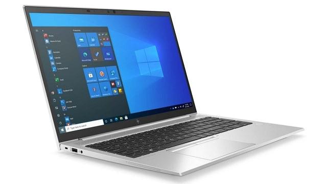 HP EliteBook 850 G8 左斜め前から