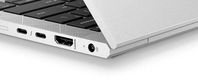 HP Elitebook 830 G8の筐体エッジ